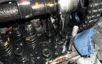 Замена маслосъемных колпачков в Техцентре MB AUTO