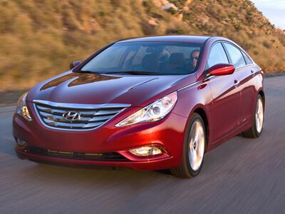Автомобиль Hyundai_Sonata