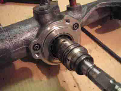 Ремонт рулевой рейки гидро на А80 400х300