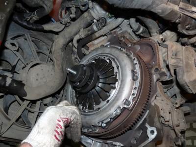 Замена сцепления на Opel Astra 1