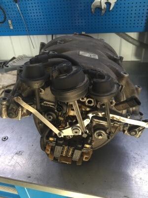 Ремонт, снятие, замена впускного коллектора 300х400