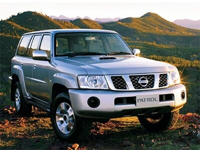 Автомобиль Nissan Patrol