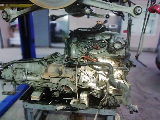 Замена двигателя Mercedes Vito